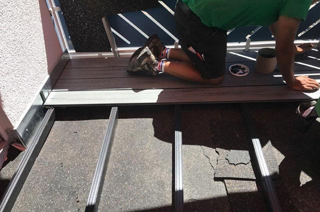Balkonsanierung neue Terrassendielen