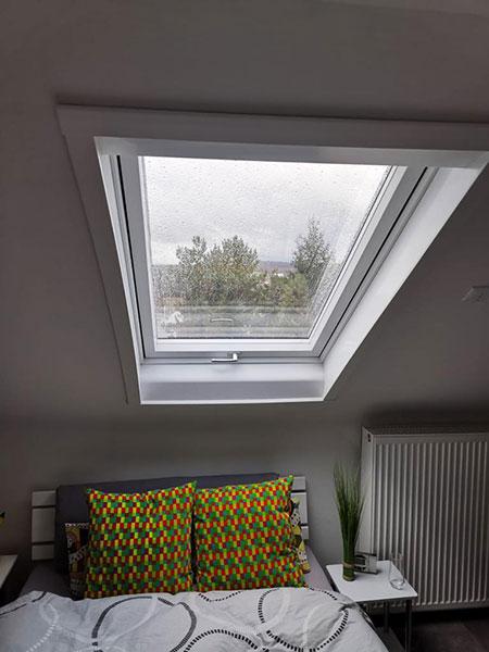 Einbau neues Dachfenster, Dachdecker Chris Jordan